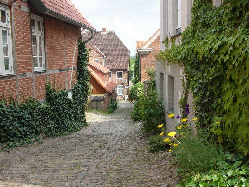 마을 골목길입니다. 여기저기 작게 작게 있어서 독일 대도시의 큰건물만 보다가 이걸보면 한국 생각도 납니다.